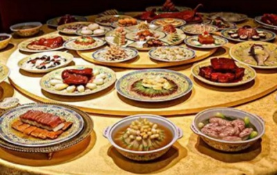 Among the five most famous banquets of the Qing Dynasty, two and a half were born in Huai'an.
